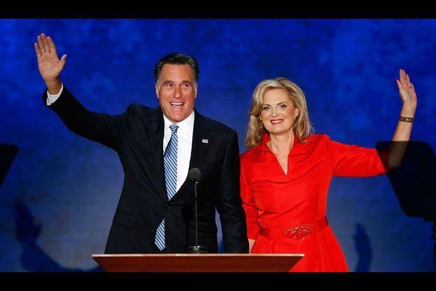 Le candidat républicain à la présidentielle et sa femme lors de la convention de Tampa.