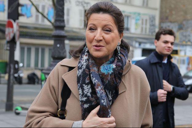 Agnès Buzyn en campagne à Paris mercredi.