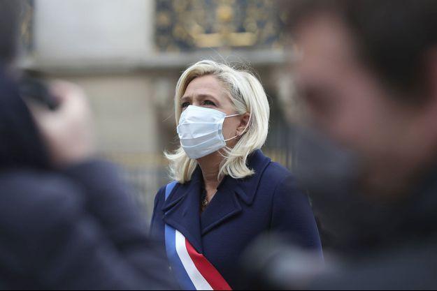 Marine Le Pen ici lors d'une cérémonie du 1er Mai à Paris.
