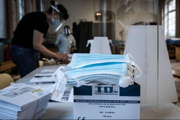 Image d'illustration. Un bureau de vote à Paris.