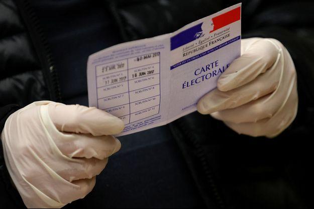 Ici, jour de vote dimanche pour le premier tour des municipales à Strasbourg.