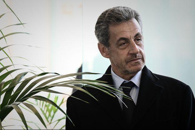 Nicolas Sarkozy, ici fin mars lors de l'inauguration du court Simonne-Mathieu.