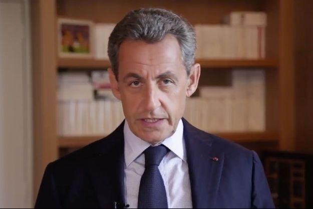 Nicolas Sarkozy dans une vidéo publiée sur Twitter, mardi.