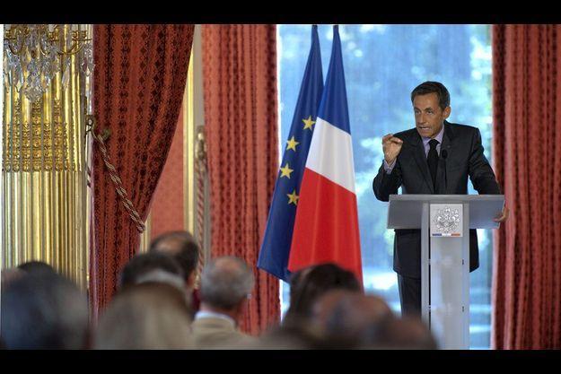 Nicolas Sarkozy face aux ambassadeurs en 2009.