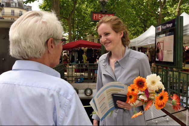 NKM en campagne dans la 2e circonscription de Paris pour les législatives.