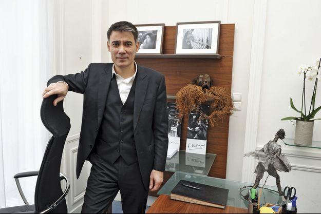 Olivier Faure, nouveau patron des députés PS dans son bureau à l'Assemblée.