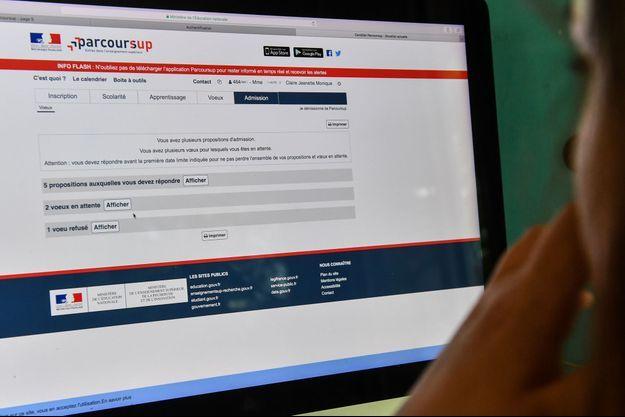 Plusieurs organisations proposent une aide juridique aux candidats refusés sur la plateforme d'orientation post-bac Parcoursup.