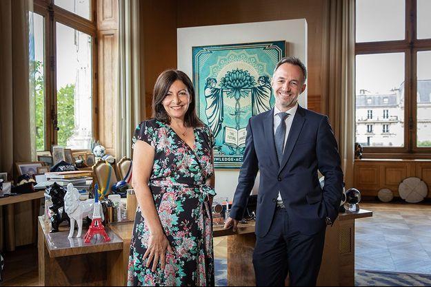 Anne Hidalgo et son premier adjoint Emmanuel Grégoire, le 29 juin, lendemain de sa réélection à la mairie de Paris.