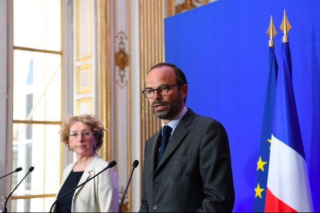 Edouard Philippe et Muriel Pénicaud en conférence de presse, le 6 juin 2017 à Paris.
