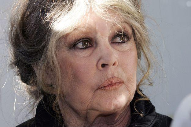 Brigitte Bardot réclame le départ de Nicolas Hulot.