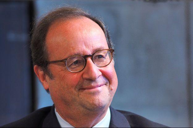François Hollande à Blois, dimanche.