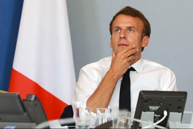 Emmanuel Macron lors de sa visioconférence avec des acteurs du monde de la culture, mercredi.