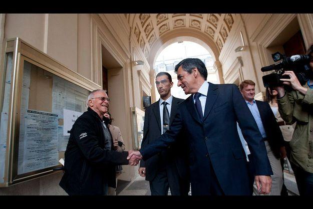 François Fillon le 10 juin, après avoir voté aux législatives.