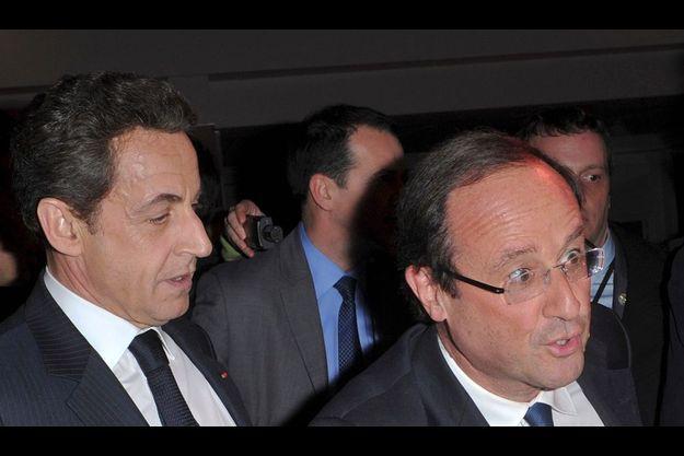 Nicolas Sarkozy et François Hollande au dîner du Crif le 8 février dernier.