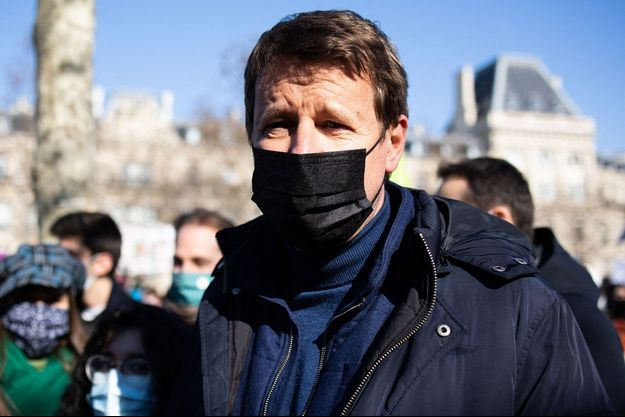 Yannick Jadot, dimanche Place de la République à Paris.