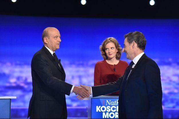Nicolas Sarkozy salue Alain Juppé jeudi dernier lors du débat de la primaire de la droite sur TF1.