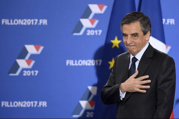 François Fillon à son QG parisien.