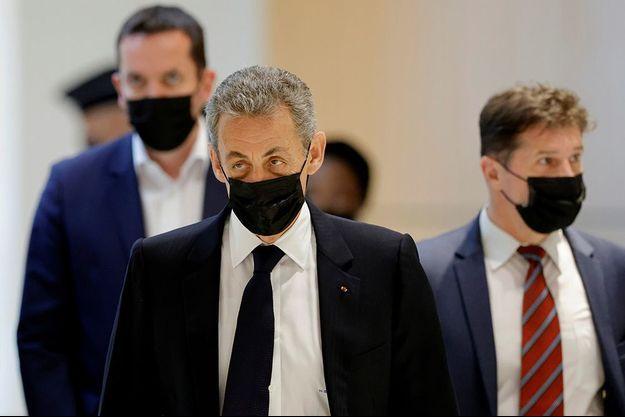 Nicolas Sarkozy à son arrivée au tribunal correctionnel de Paris le 15 juin 2021.