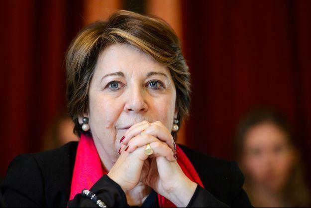 Corinne Lepage lors d'une conférence de presse sur le nucléaire, le 7 mars 2016 à Genève.