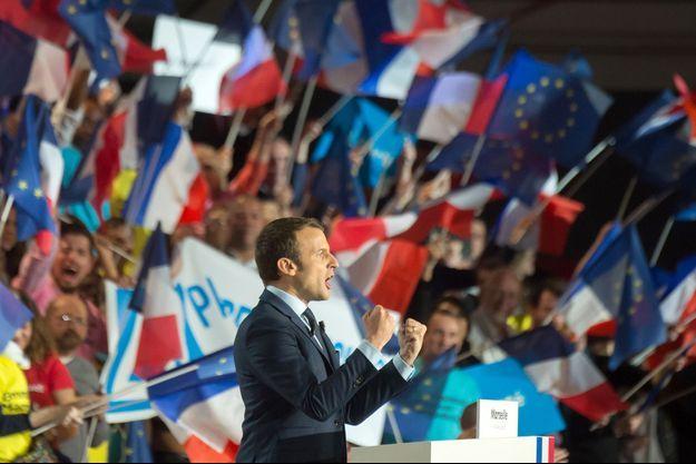 Emmanuel Macron en meeting à Marseille, le 1er avril 2017.