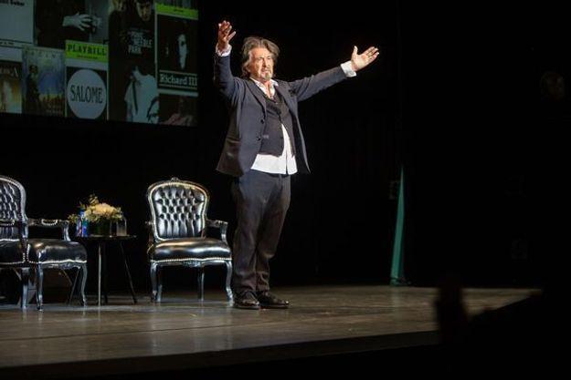 Al Pacino sur la scène du théâtre de Paris lundi.