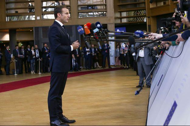 Emmanuel Macron face aux journalistes lors d'un sommet européen à Bruxelles, le 29 juin dernier.