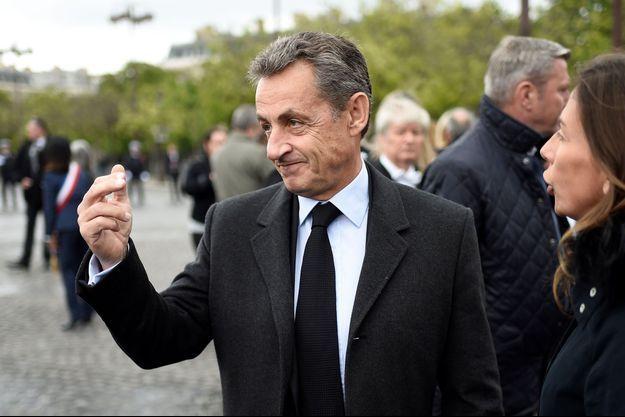 Nicolas Sarkozy sur les Champs-Elysées, le 8 mai dernier.