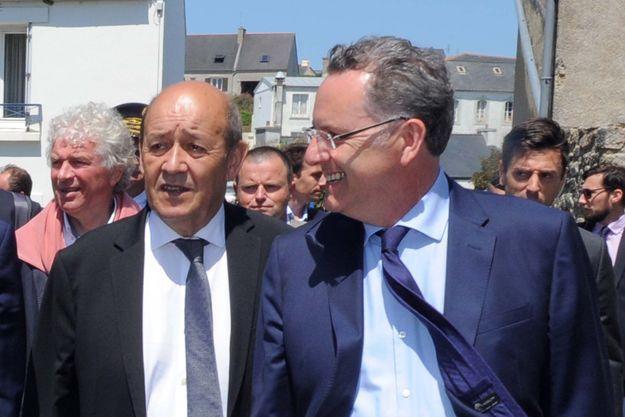 Jean-Yves Le Drian (à gauche) et Richard Ferrand (à droite)