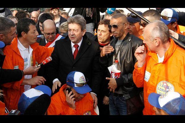Vendredi 6 avril, Jean-Luc Mélenchon est allé soutenir les ouvriers d'ArcelorMittal rassemblés au Trocadéro à Paris.