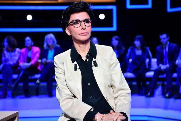 Rachida Dati lors d'un débat entre prétendants à la mairie de Paris, mardi.