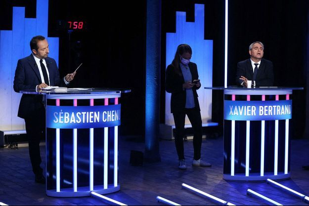 Xavier Bertrand et Sébastien Chenu jeudi lors du débat.