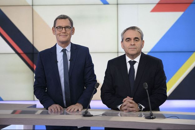 """Xavier Bertrand ici en décembre, aux côtés de Francis Letellier, lors de son passage dans l'émission """"Dimanche en politique""""."""