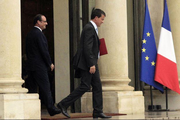 François Hollande et Manuel Valls s'entretiennent régulièrement pour former la nouvelle équipe gouvernementale.