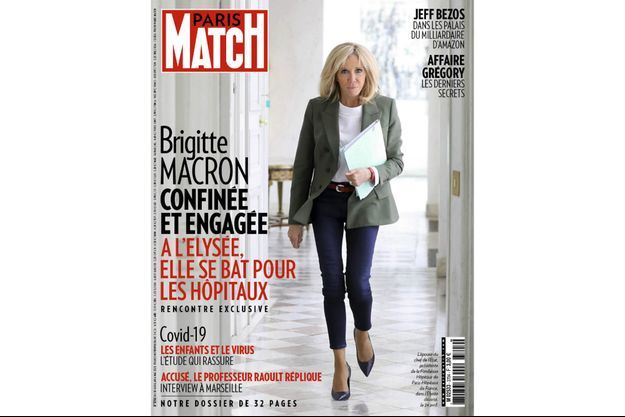 L'épouse du chef de l'Etat, présidente de la Fondation Hôpitaux de Paris-Hôpitaux de France, dans l'Elysée déserté, le 24avril.