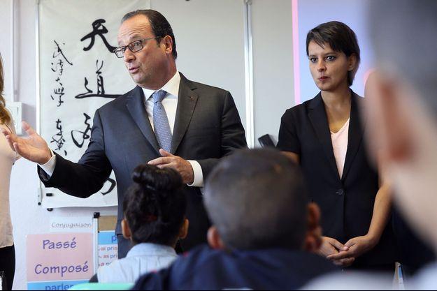 François Hollande et Najat Vallaud-Belkacem à l'école du Nécotin, à Orléans, jeudi.