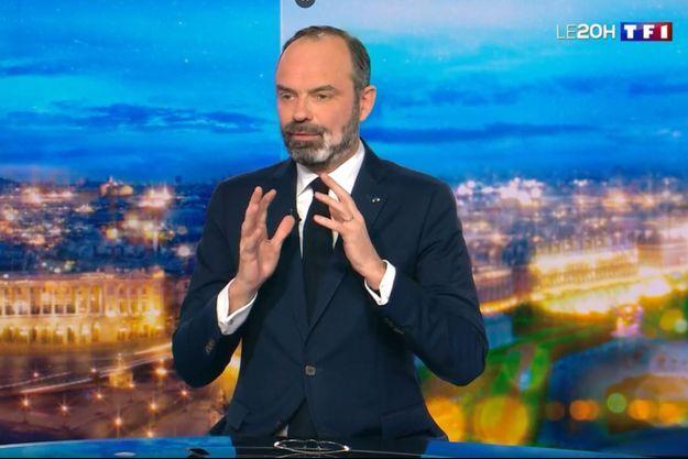 Le Premier ministre Edouard Philippe a justifié son choix de passer par le 49-3 sur TF1.