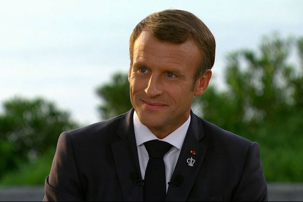Emmanuel Macron lundi soir lors de son interview sur France 2.