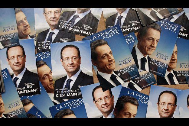 Les professions de foi de Nicolas Sarkozy et François Hollande.