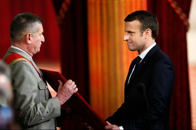 Benoit Puga et Emmanuel Macron le 14 mai 2017.