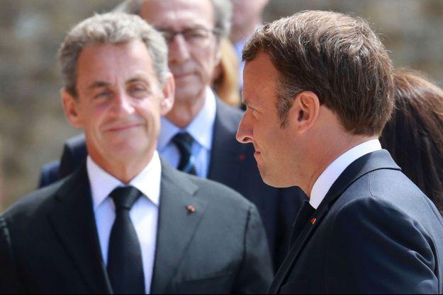 Nicolas Sarkozy et Emmanuel Macron au Mont-Valérien, jeudi dernier.
