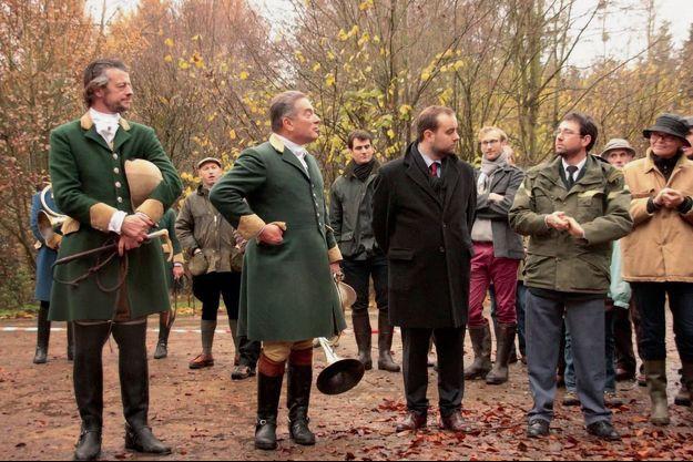 Sébastien Lecornu (au centre), ancien « Monsieur Chasse » officieux du président, est connu pour sa connaissance de la ruralité.