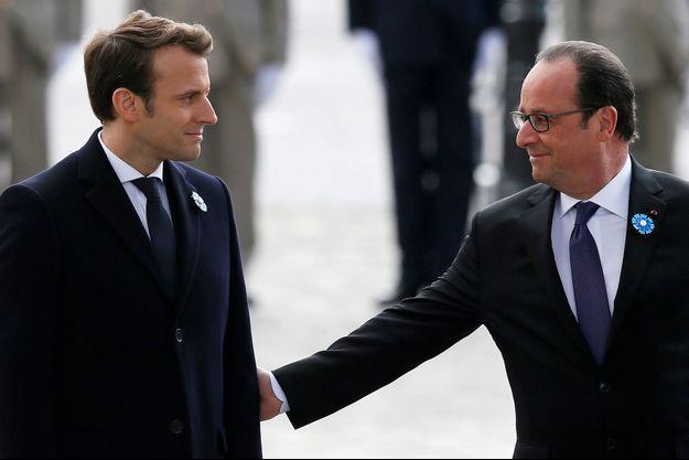 Emmanuel Macron et François Hollande lors des cérémonies du 8 mai.