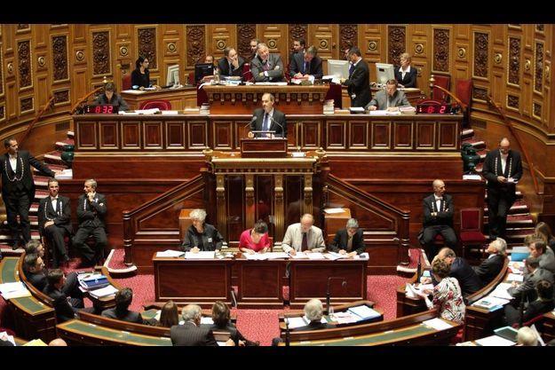 Le Sénat bascule à la gauche pour la première fois dans l'histoire de la cinquième république.