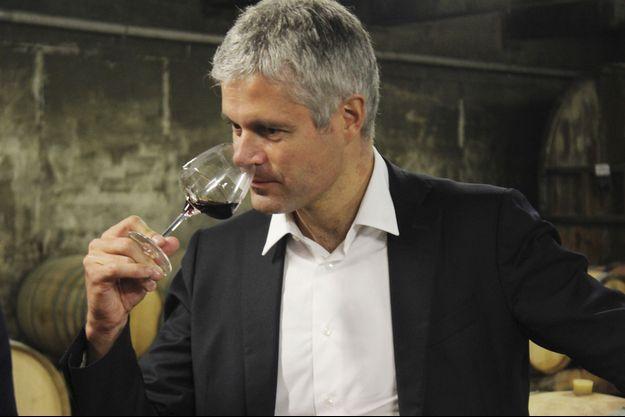 Laurent Wauquiez en dégustation..