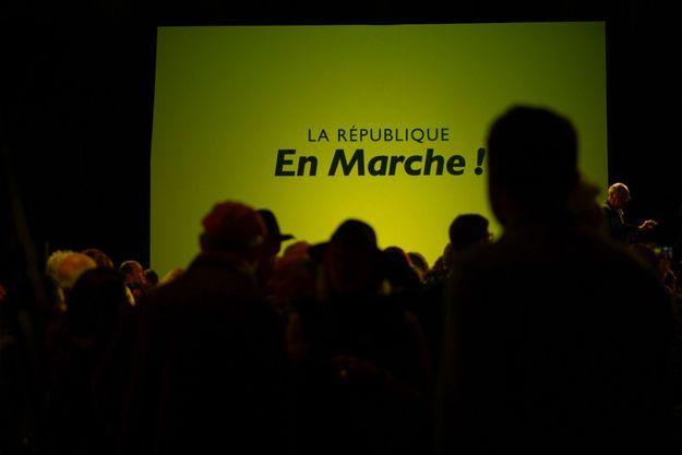 Présentation de la contribution de LREM au grand débat national, le 10 mars à Chartres.