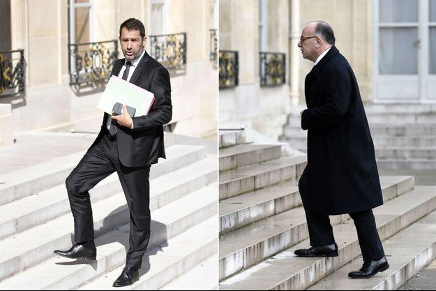 Christophe Castaner en mai et Bernard Cazeneuve en janvier, tous deux sur le perron de l'Elysée.