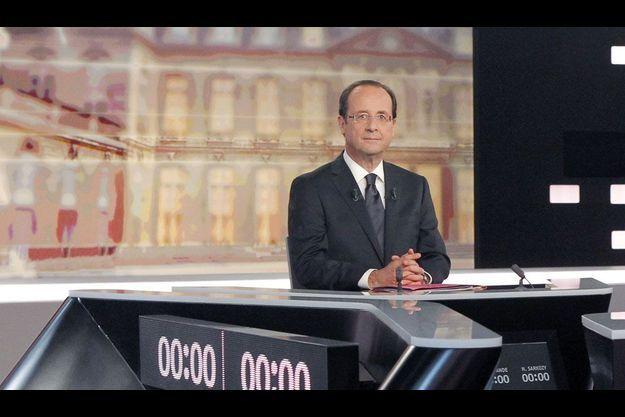 François Hollande, mercredi soir, sur le plateau du grand débat de l'entre-deux-tours.