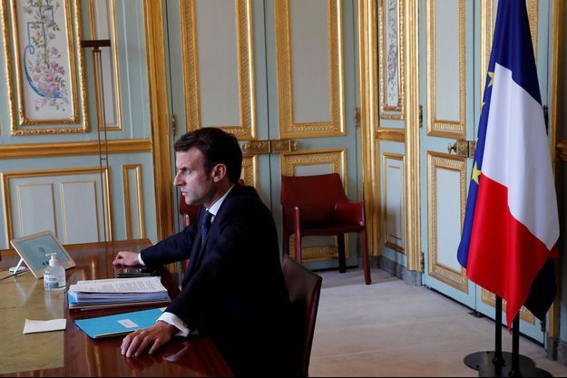 Emmanuel Macron lors d'un sommet du G20 par visioconférence, le 26 mars.