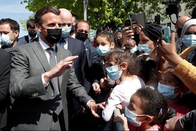Emmanuel Macron à Melun le 26 avril 2021.