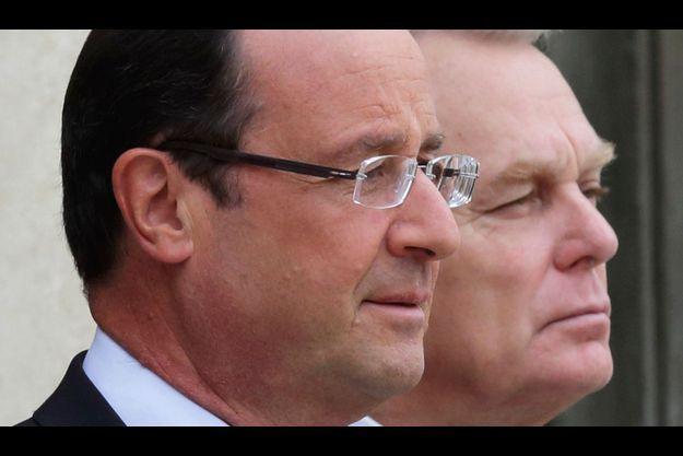François Hollande et Jean-Marc Ayrault poursuivent leur chute dans notre sondage.